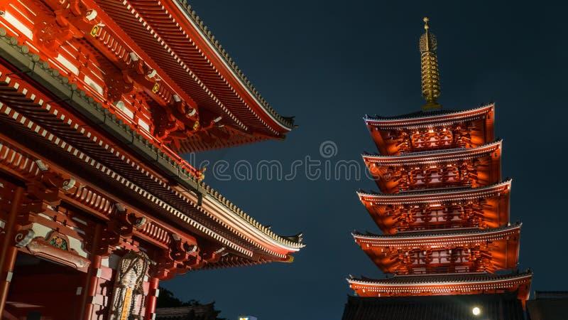 五Senso籍寺庙传说上有名塔在浅草,东京,日本 免版税库存照片