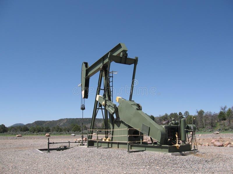 井架在工作在亚伯大,加拿大。 免版税库存照片