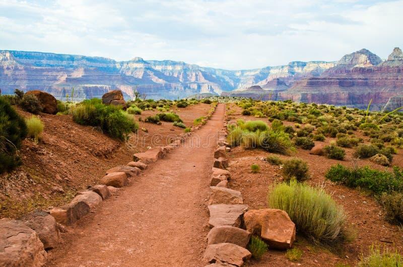 亚利桑那峡谷全部供徒步旅行的小道 免版税图库摄影