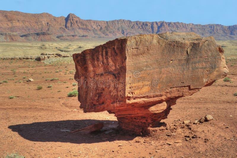 亚利桑那平衡了峡谷幽谷国家公园岩&# 免版税库存照片