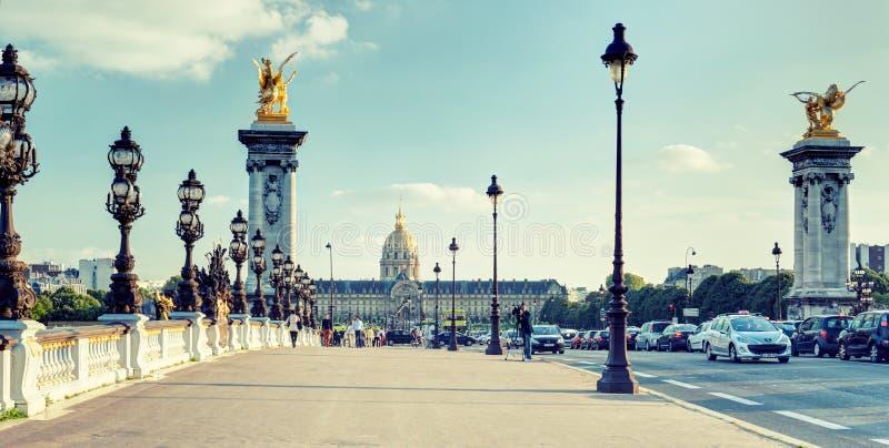 亚历山大III桥梁在巴黎 免版税库存图片