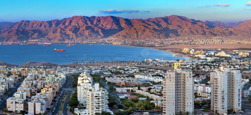 亚喀巴eilat海湾以色列全景 免版税图库摄影
