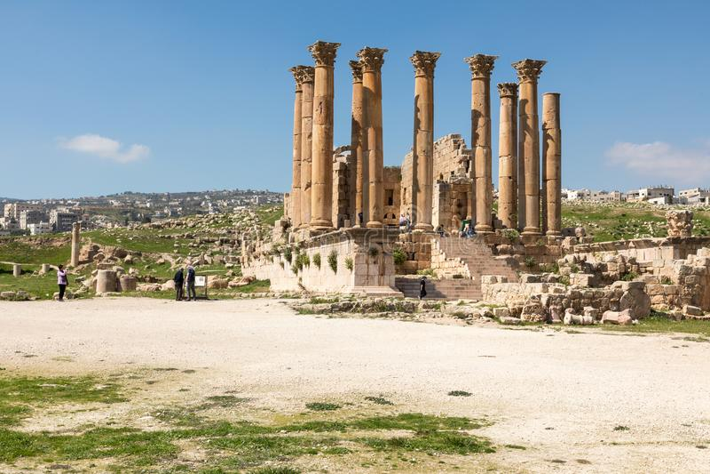 亚底米神庙在古老罗马市Gerasa,杰拉什, J 库存图片