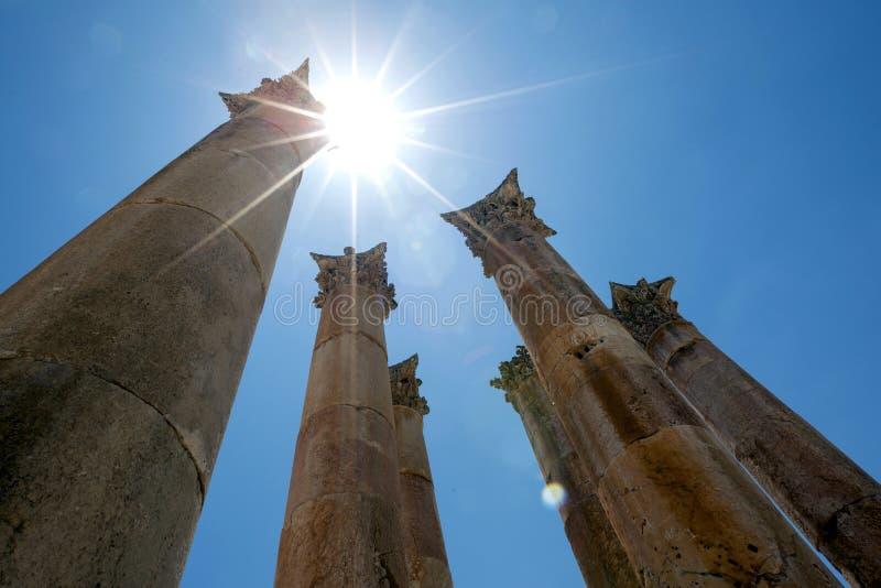 亚底米神庙在杰拉什杰拉什,约旦 免版税库存图片