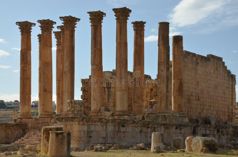 亚底米神庙,杰拉什 免版税库存照片