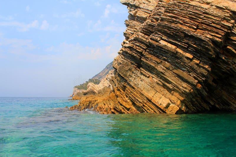 亚得里亚海的岩石海运 免版税库存照片