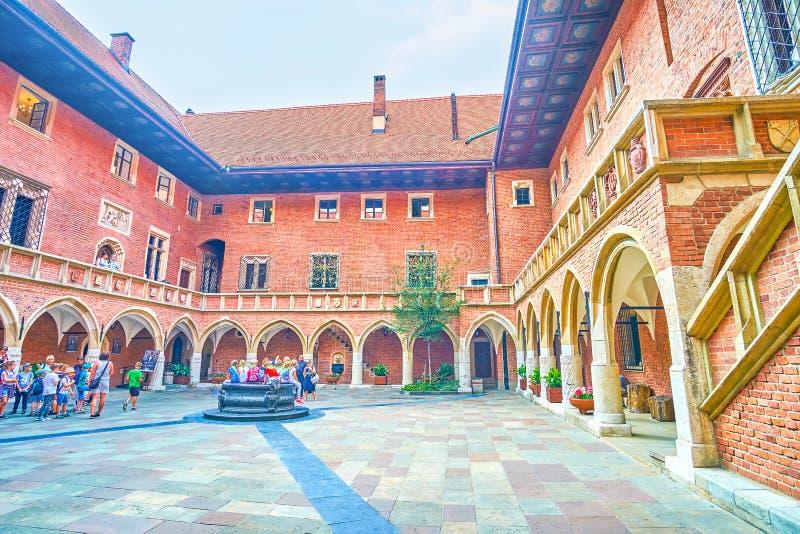 亚捷隆大学,克拉科夫哥特式样式建筑学  免版税图库摄影