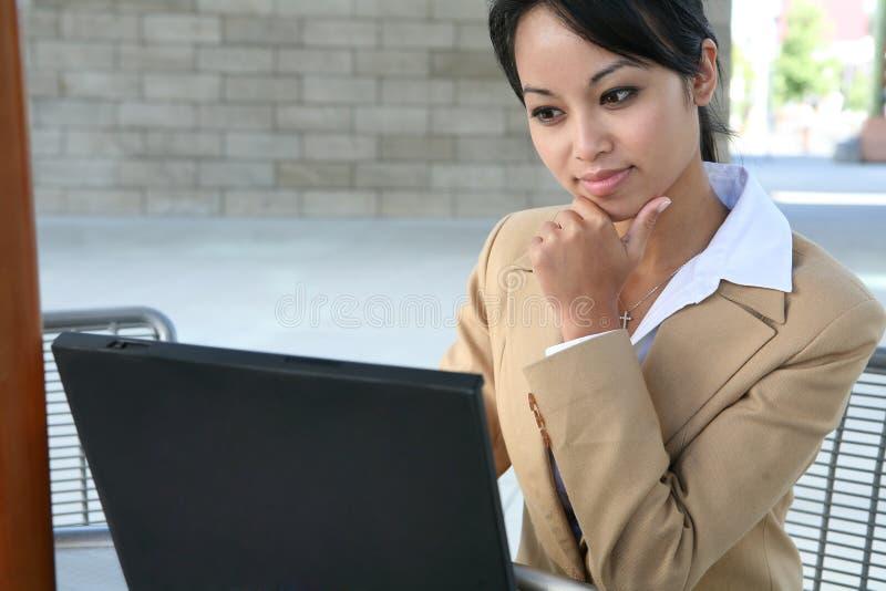 亚洲企业俏丽的妇女 免版税图库摄影