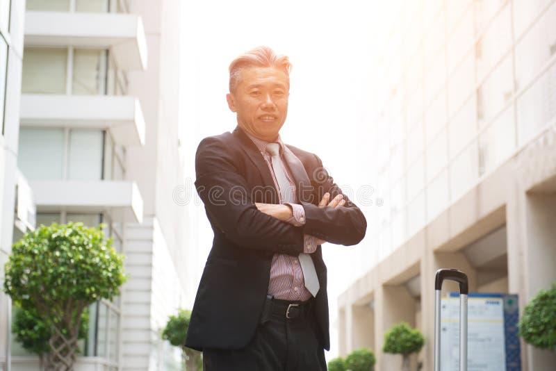 亚洲企业男性室外 免版税图库摄影
