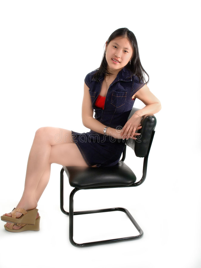 亚洲女孩等待 免版税库存图片