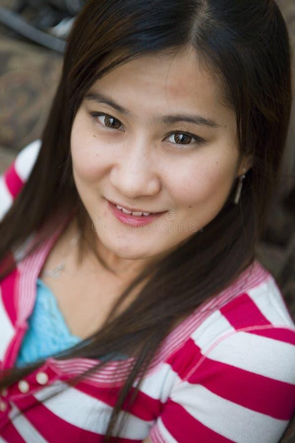 亚洲妇女年轻人 免版税图库摄影