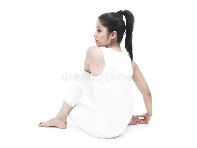 亚洲执行的女子瑜伽 库存图片