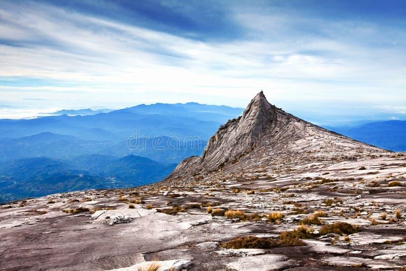 亚洲最高的kinabalu山mt s山顶 免版税库存图片