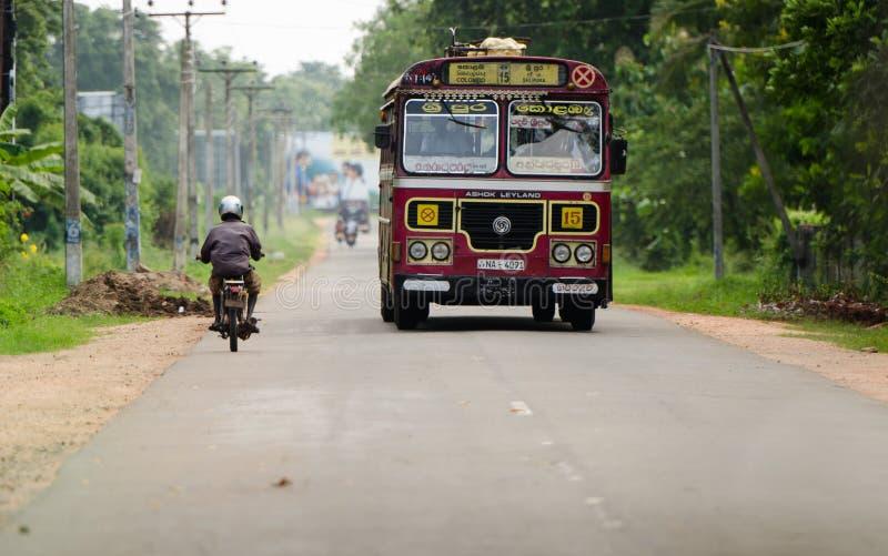 亚洲正常公共公共汽车在斯里南卡 库存照片