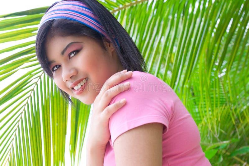 亚洲海滩妇女年轻人 库存图片