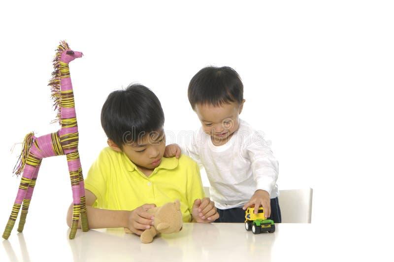 亚洲逗人喜爱的孩子 免版税库存照片