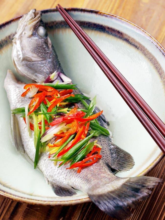 亚洲鱼蒸了 免版税库存照片