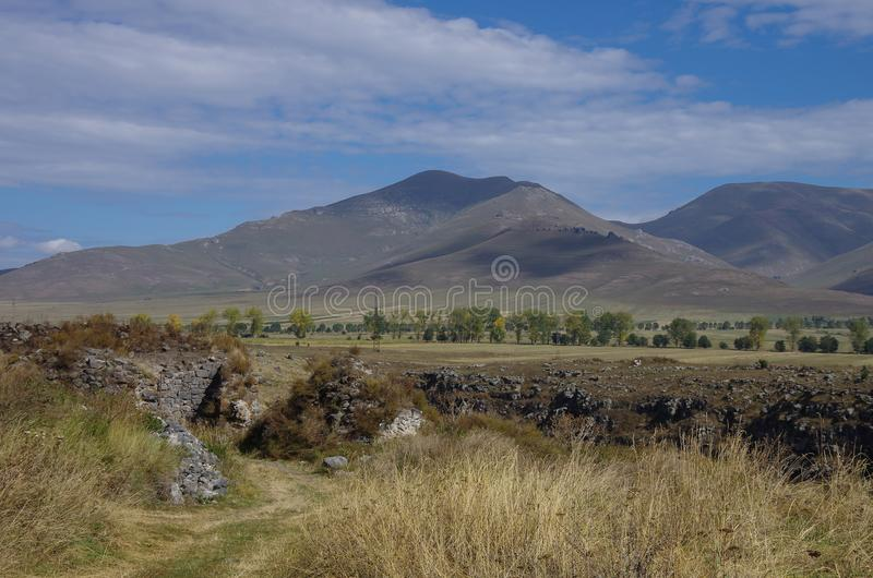 亚美尼亚中世纪堡垒洛里Berd的废墟在Stepanava附近的 免版税图库摄影