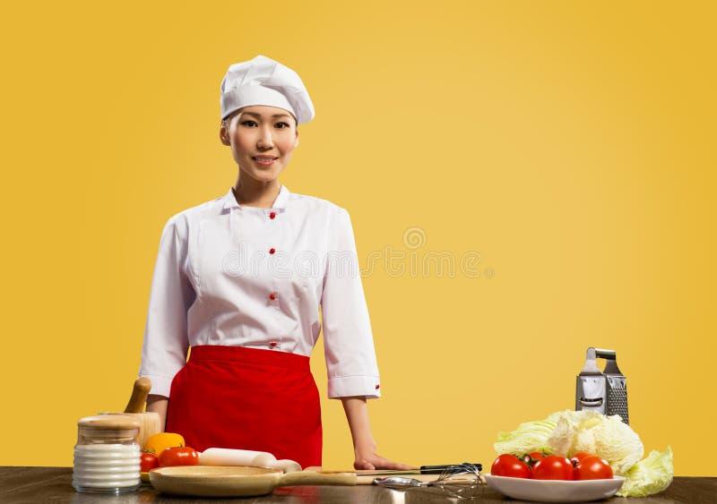 亚裔厨师画象  免版税库存图片