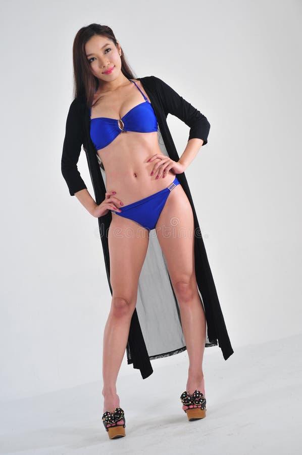 亚裔比基尼泳装女孩 库存图片