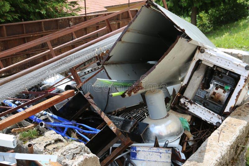 亚铁材料转储在反空气污染回收的 库存照片