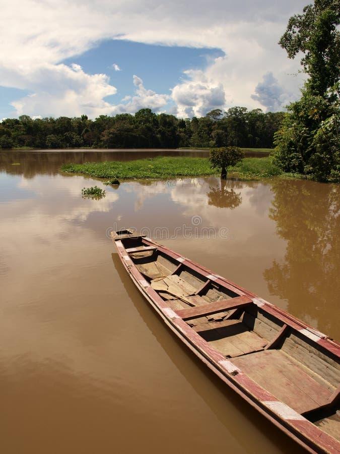亚马逊小船盐水湖河 免版税库存照片