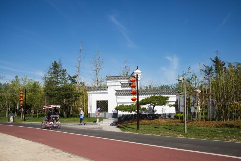 亚洲中国,武清,天津,绿色商展,传统建筑学,白色墙壁,黑瓦片 图库摄影