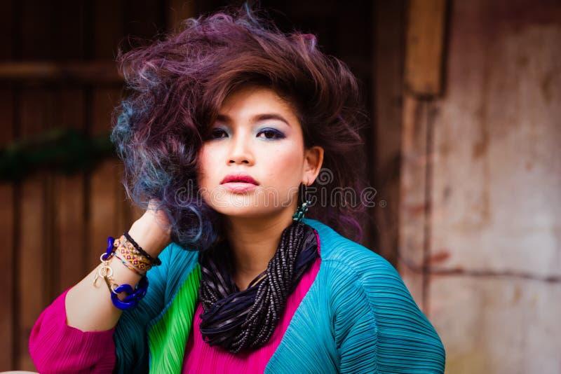 亚洲有吸引力的女孩年轻人 免版税库存照片