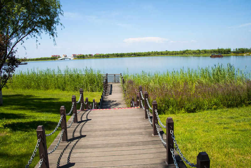 Download 亚洲汉语,天津武清,绿色商展, Lakeview,木桥 库存照片 - 图片 包括有 ,并且, 聚会所: 59106534