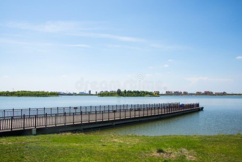 Download 亚洲汉语,天津武清,绿色商展, Lakeview,木桥 库存照片 - 图片 包括有 风景, 环境: 59106560