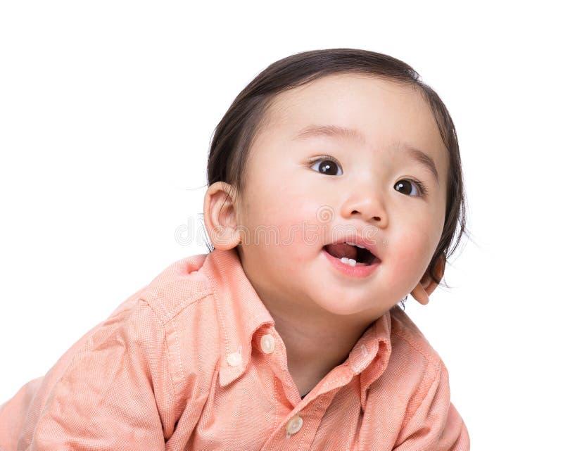 亚洲男婴微笑 免版税库存图片