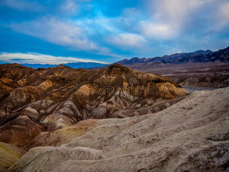 Download 死亡谷,加利福尼亚 库存图片. 图片 包括有 风景, 地标, 旅行, 西南, 加利福尼亚, 没人, 假期 - 59104513