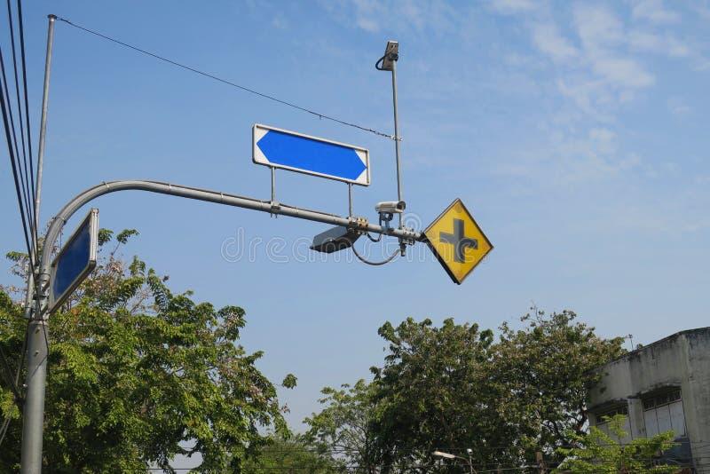 交叉点标志路 库存图片