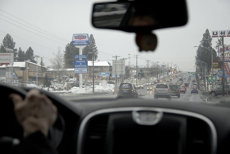 交通和雪在斯波肯 免版税库存图片