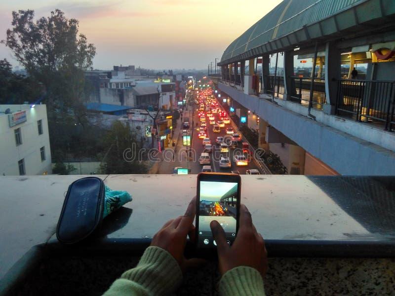 交通在晚上 免版税库存照片