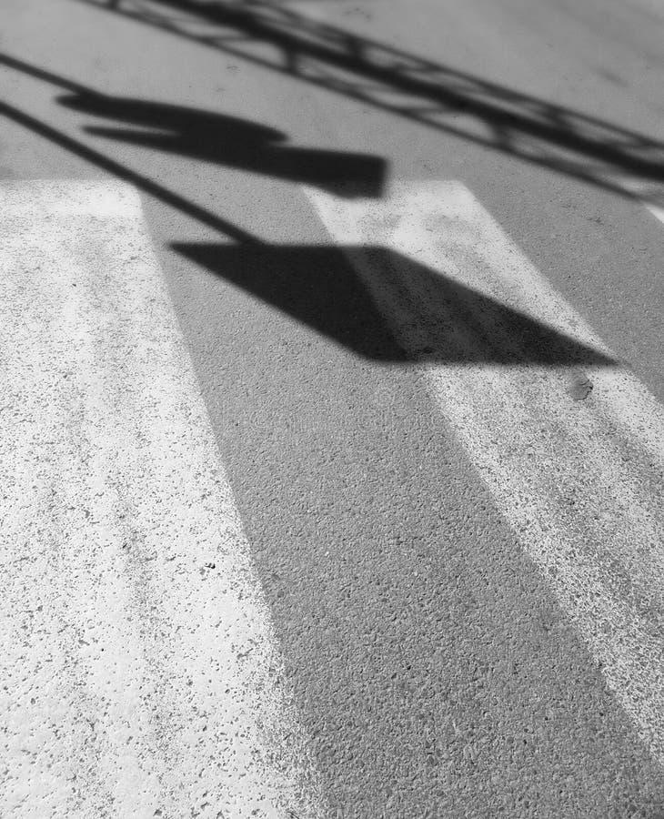 交通标志阴影 免版税库存图片