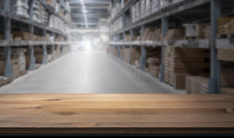 产品显示蒙太奇的木台式 免版税库存照片