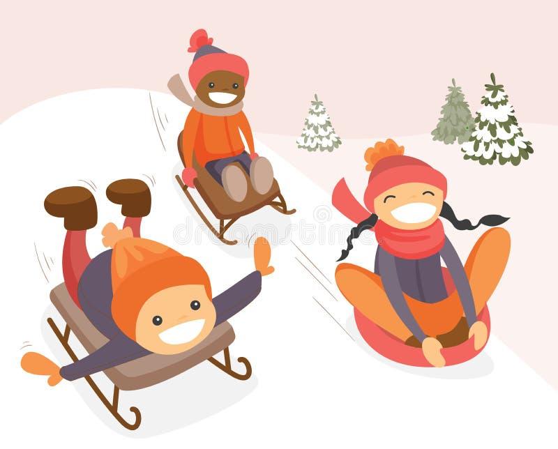 享用雪橇的小组多文化孩子乘坐 库存例证