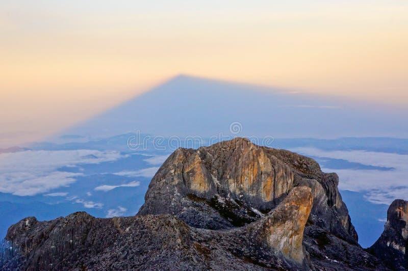 京那巴鲁山Victoria's峰顶  库存图片