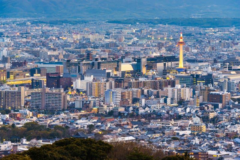 京都,日本市地平线从上面 库存照片