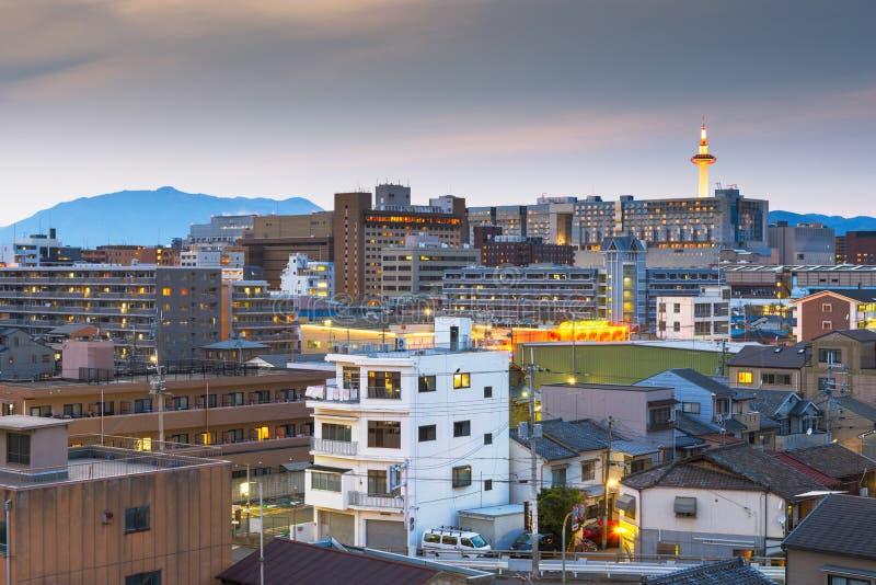 京都,日本市地平线 库存图片
