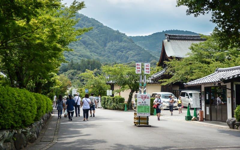 京都,日本- 2016年7月24日 Arashiyama公园,京都,日本Kameyama地区  免版税库存照片