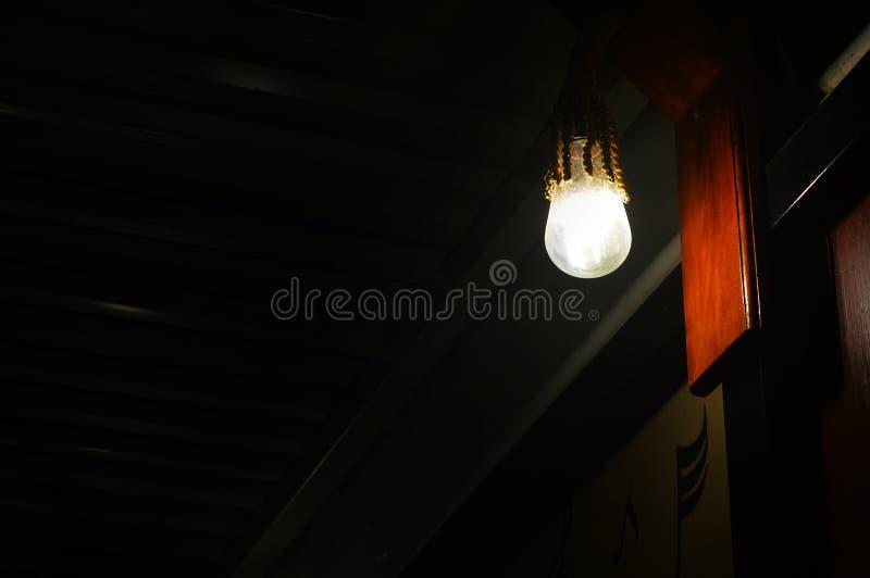 亮光垂悬的灯 库存图片