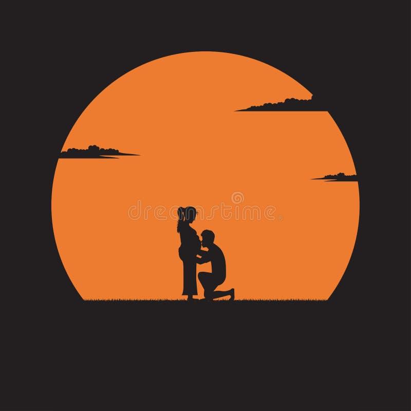 亲吻他在日落背景的剪影年轻人怀孕的妻子的腹部 库存例证