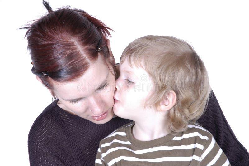 Download 亲吻妈咪 库存照片. 图片 包括有 儿子, 子项, 乐趣, 镶边, 妈妈, 面颊, 可爱, 查出, 喜悦, 滑稽 - 300172