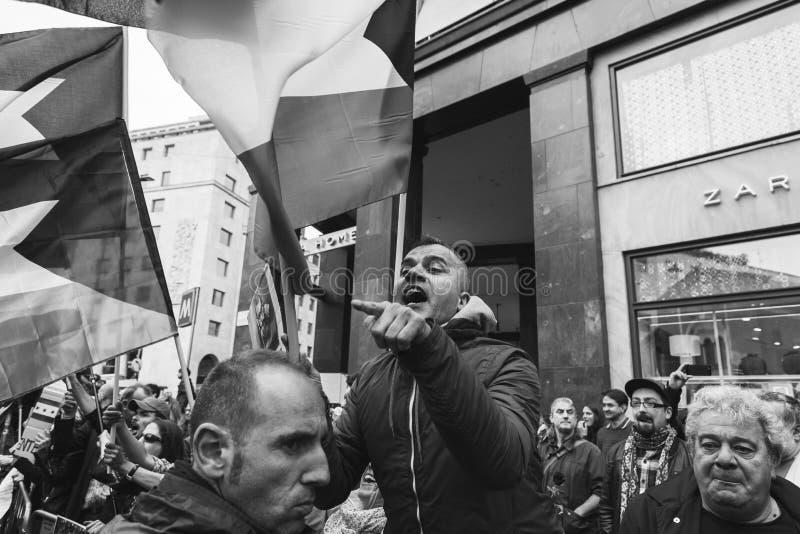 亲巴勒斯坦示威者比赛犹太旅团 免版税图库摄影