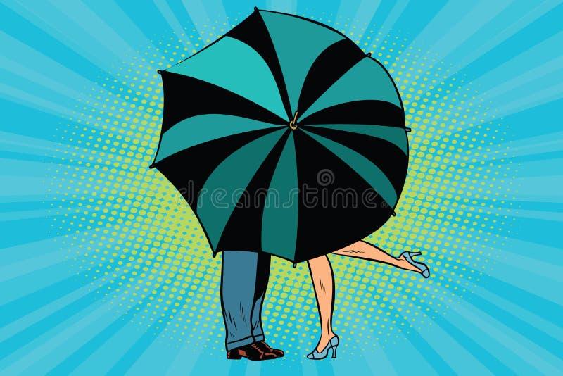 亲吻在伞后的男人和妇女 皇族释放例证
