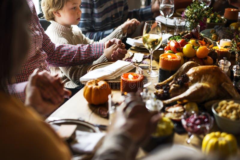 人们庆祝感恩天 免版税库存照片