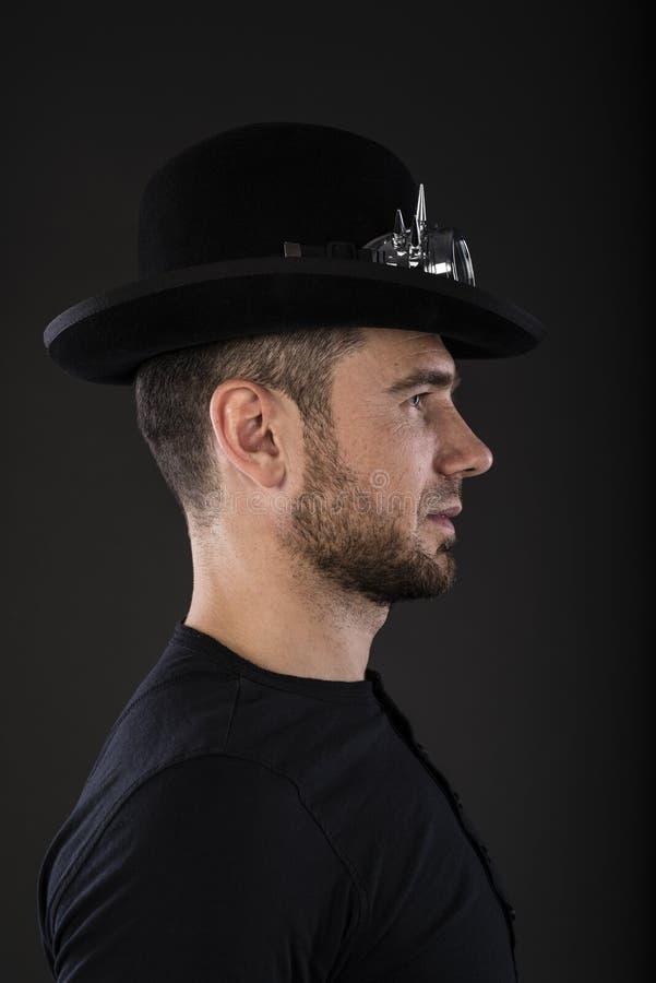 人佩带的圆顶硬礼帽画象  库存图片