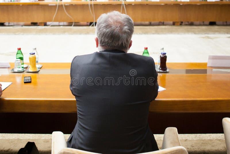 人在会议桌上 图库摄影